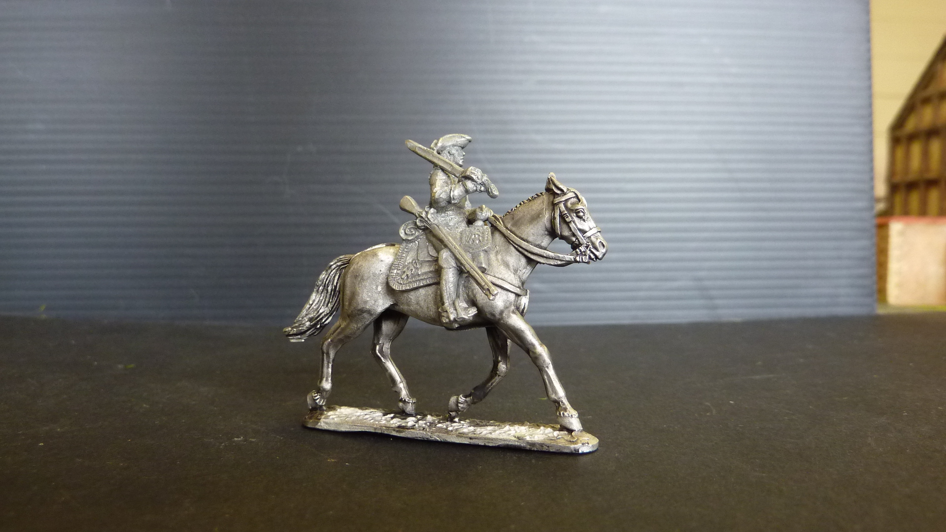 Saxon Cuirassier resting on walking horse